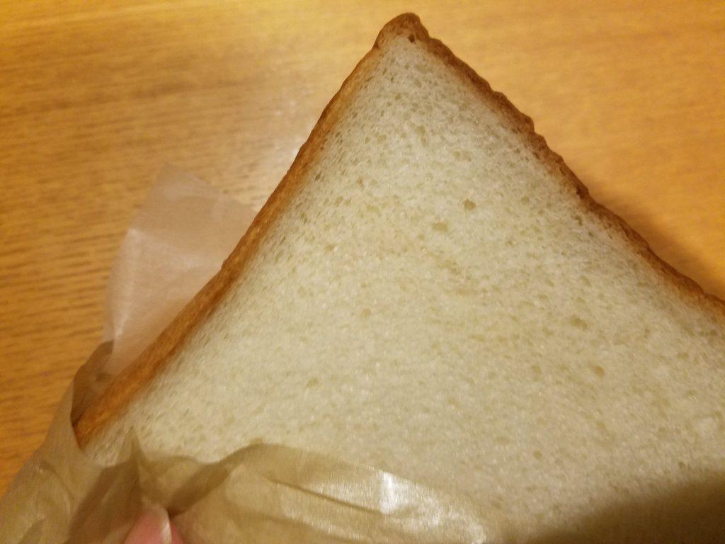 もっちろとしたブンイレブンの金の食パン