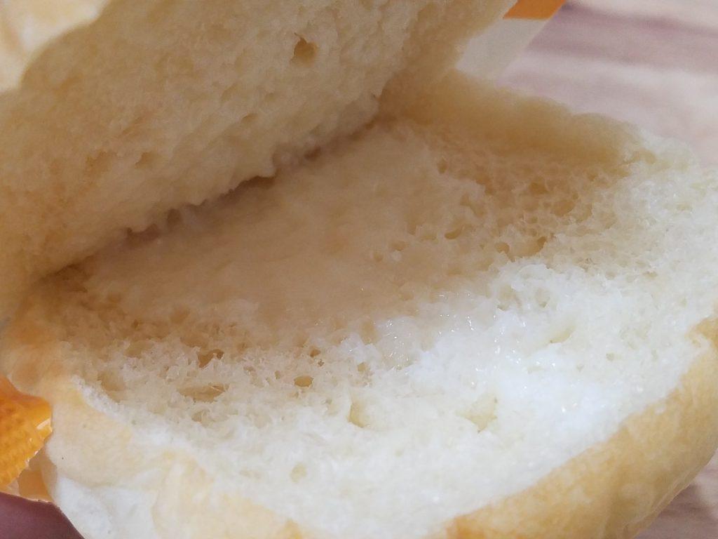 しみじゅわ練乳パンの練乳